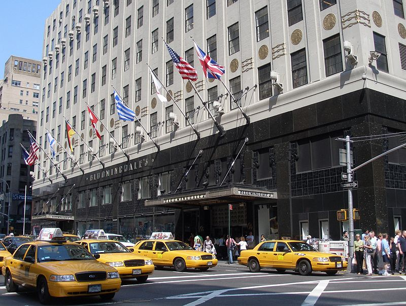 800px-NYC_Bloomingdales